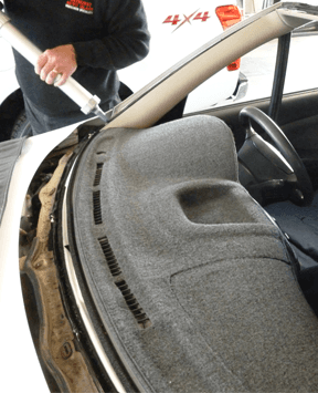 Windscreen replacement by professional in Bathurst