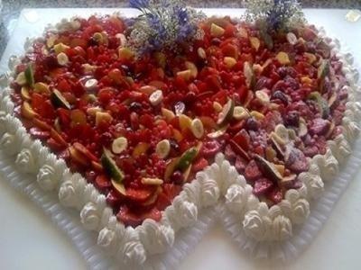 Realizzazione torte per San Valentino