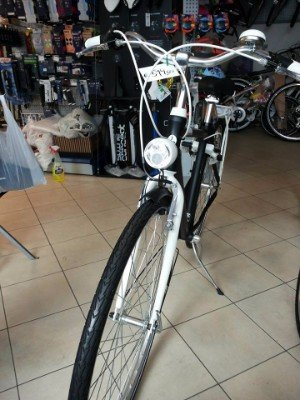 una bicicletta nera