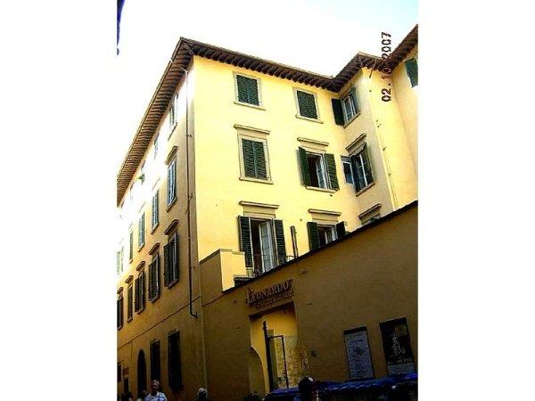 Restauro tetto e facciate Borgo Greci