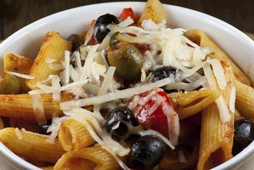 penne con olive verdure e parmigiano
