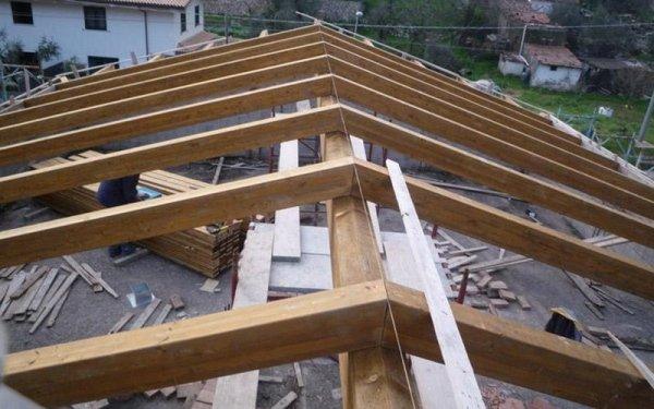 Montaggio gazebi in legno