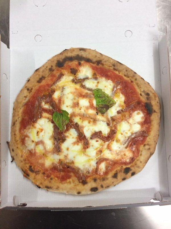 La Fenice Pizzeria Gastronomia Bar - pizze tonde a Pontecagnano Faiano