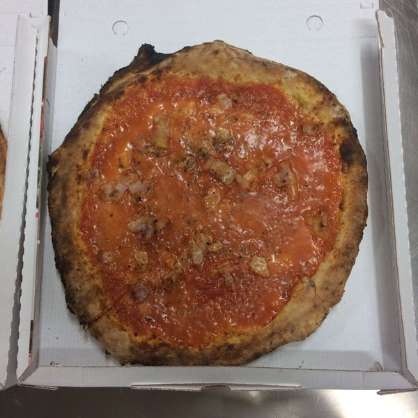 Pizza deliziosa a Pontecagnano Faiano