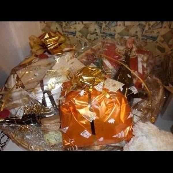 cesta da regalo natalizia