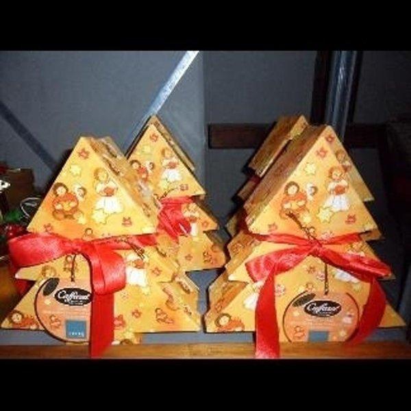 alberi natalizi di cioccolato in regalo