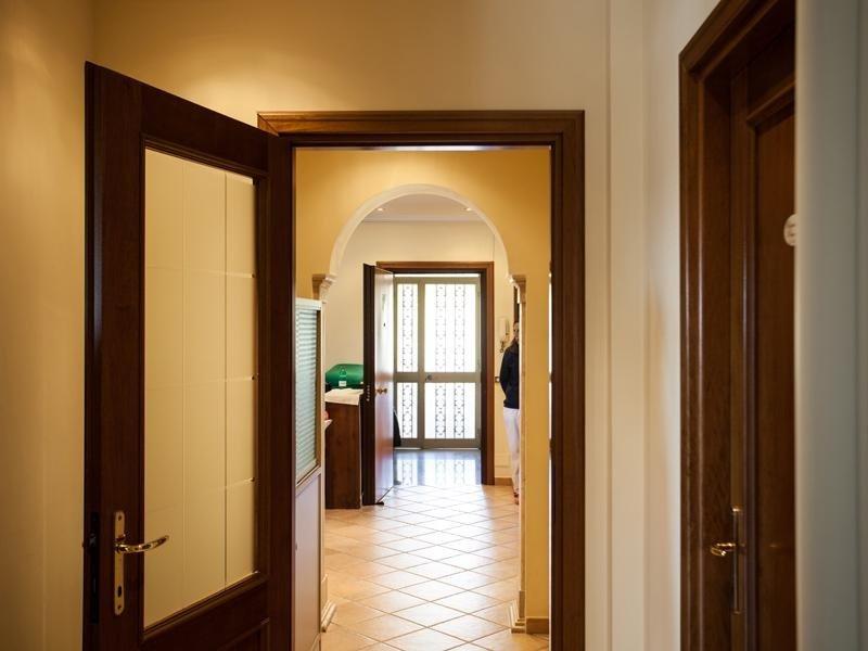 Corridoi villa per anziani
