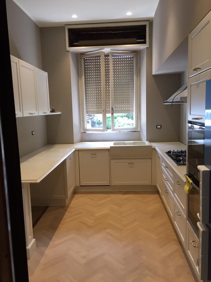Progettazione e realizzazione cucina in legno