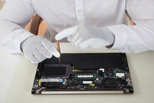 riparazione di computer portatile