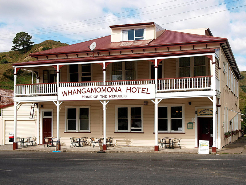 Commercial hotel painting