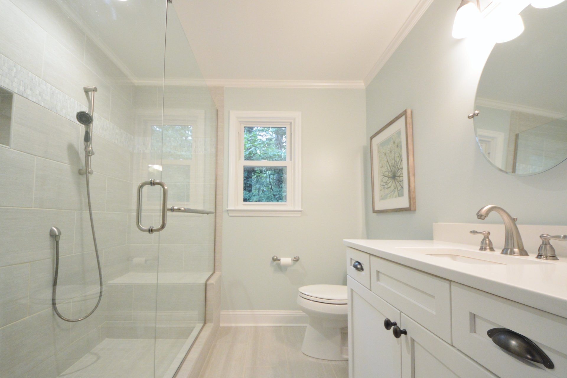 In shower seating and handheld showerhead make for an easy and safe routine.