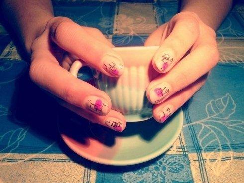 manicure personalizzate, appuntamento di bellezza