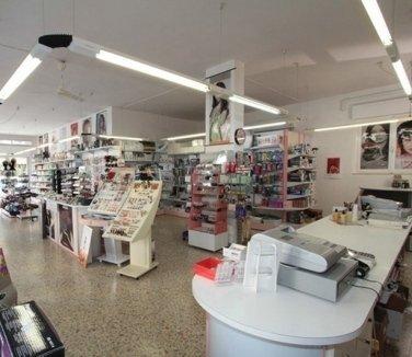 Tutto Per i Capelli, Cecina (LI), interno negozio