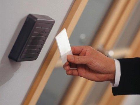 installazione sistemi di controllo accessi