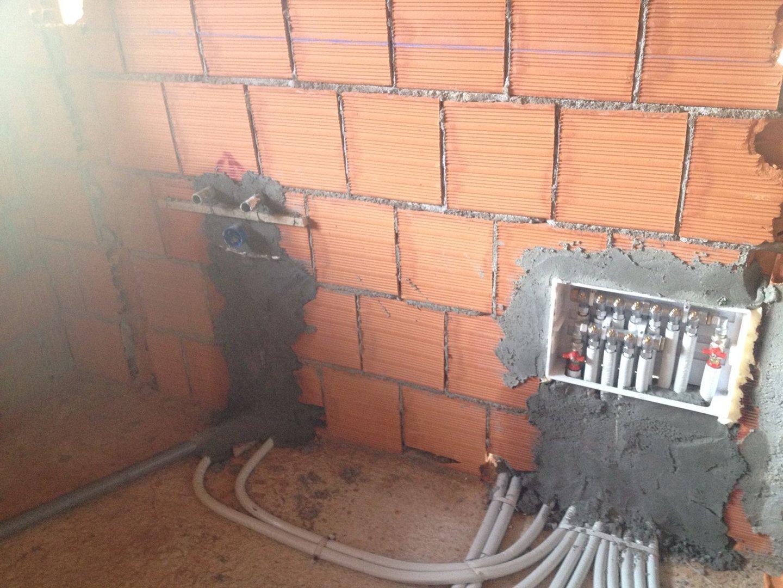 impianti idraulici e collegamenti  a muro