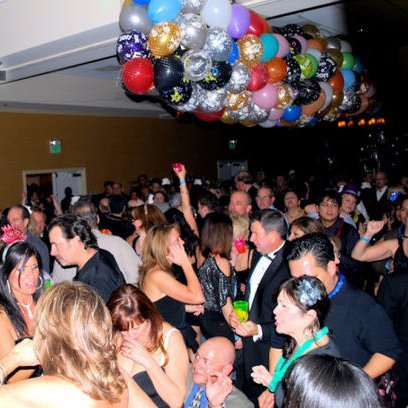 This is a balloon drop about to a happen at one of our prior parties. CLICK HERE TO LEARN MORE ABOUT OUT SILICON VALLEY NEW YEAR'S EVE PARTY