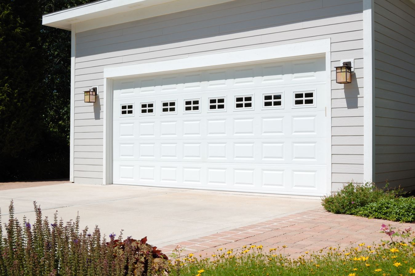 garage door stylesNew Garage Door Installation  Knoxville IL  Howe Overhead Doors Inc