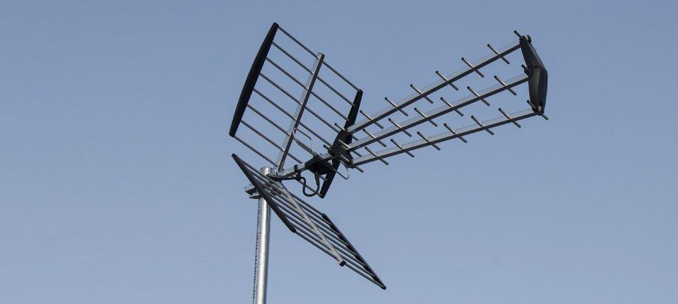 An aerial against a blue sky