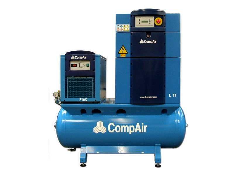 Screw air compressors servicing