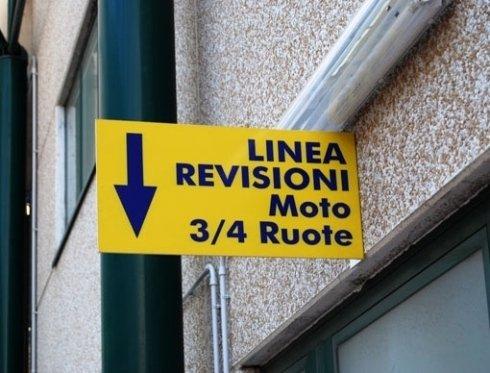 cartellone linea revisioni moto  3/4 ruote