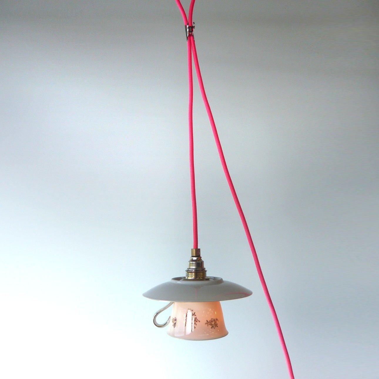Die van daan unieke handgemaakte hanglampen van servies keramiek en metaal zink - Zink oude keramiek ...
