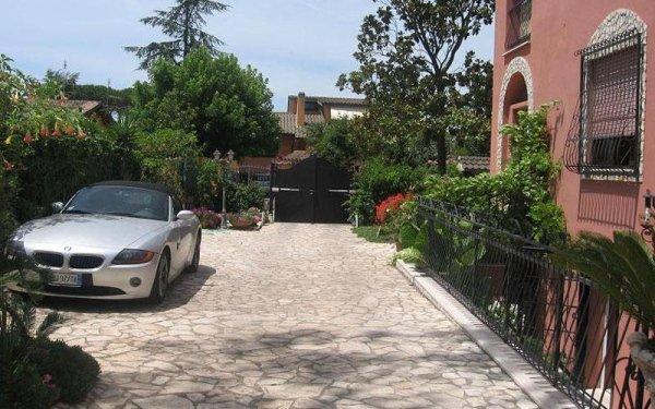 parcheggio casa per anziani