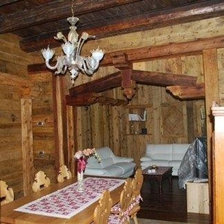 arredi su misura in legno antico