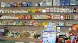 medicinali, garze, disinfettanti