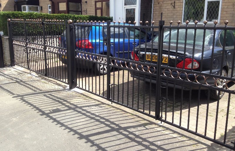 Double Bi-fold Gate Galvanised