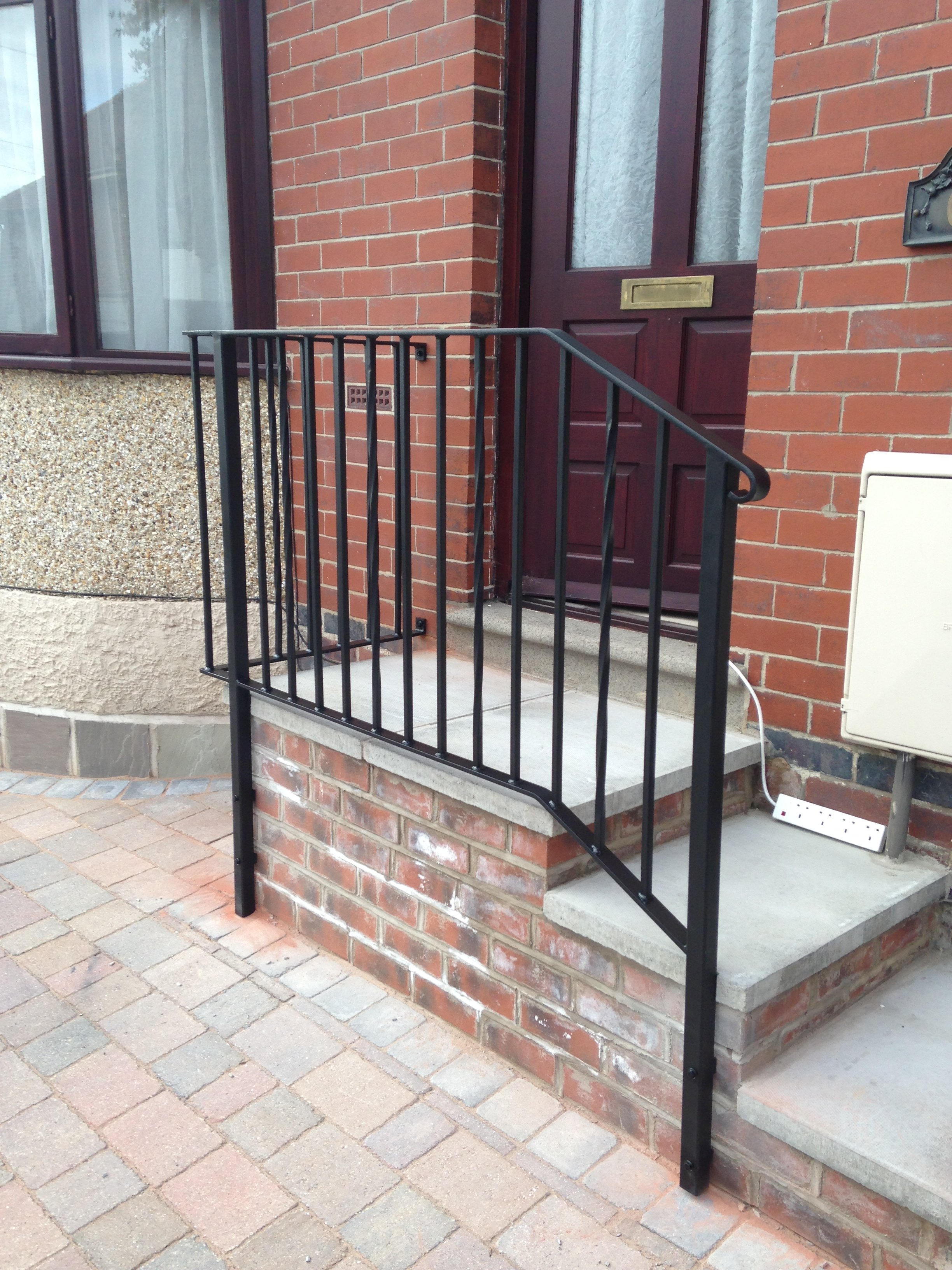 railing installers