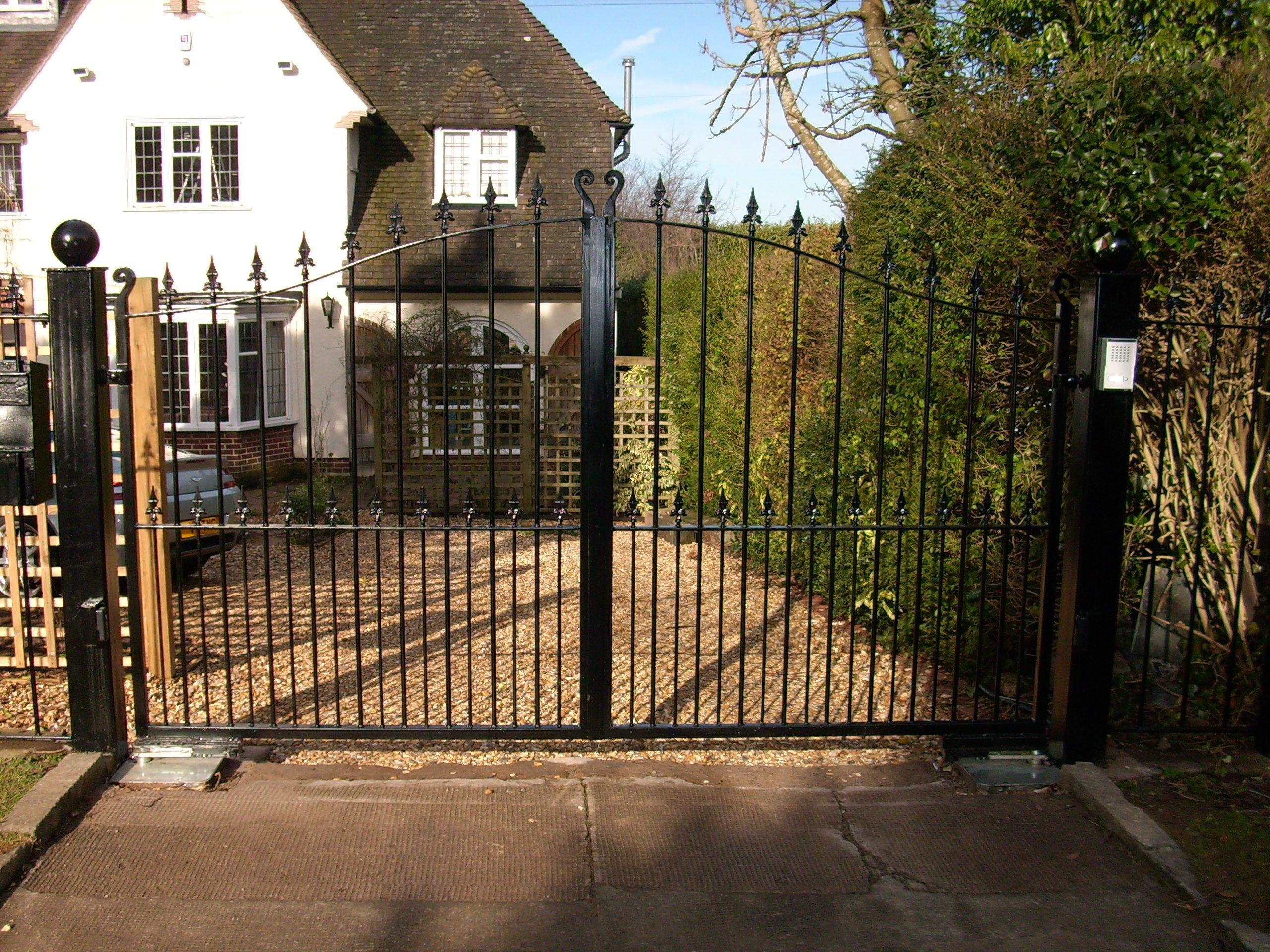 Quality metal gate