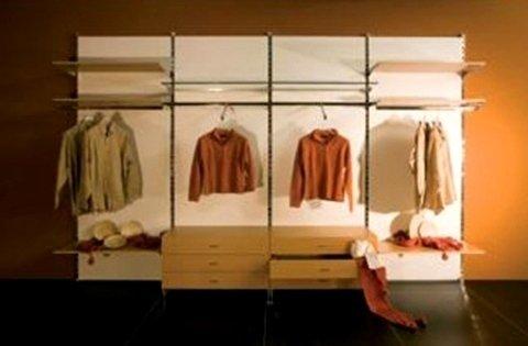 cabina armadio aperta