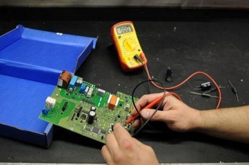 guasto quadro elettrico caldaia, riparazione elettrica caldaia, pronto intervento