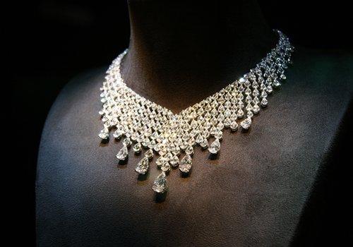 Collana con diamanti