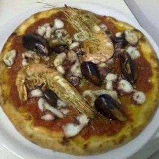 pizza al pesce