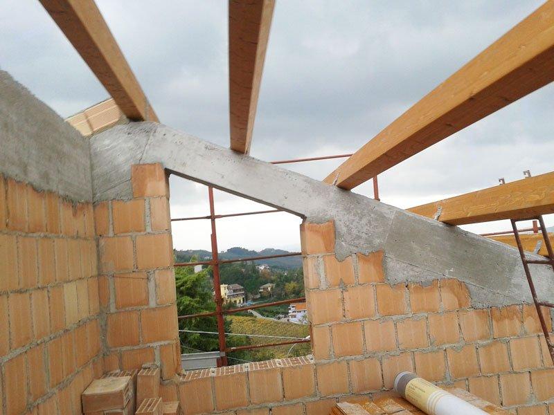 costruzione e pannelli in legno