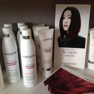 prodotti per capelli colorati