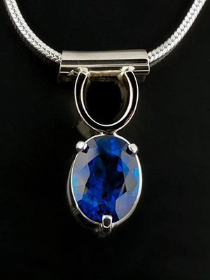 custom necklace design