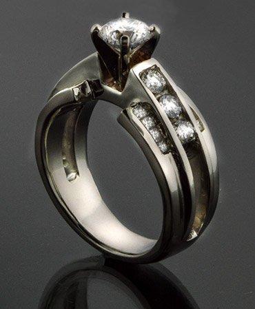 Custom Jewelry South Beloit, IL
