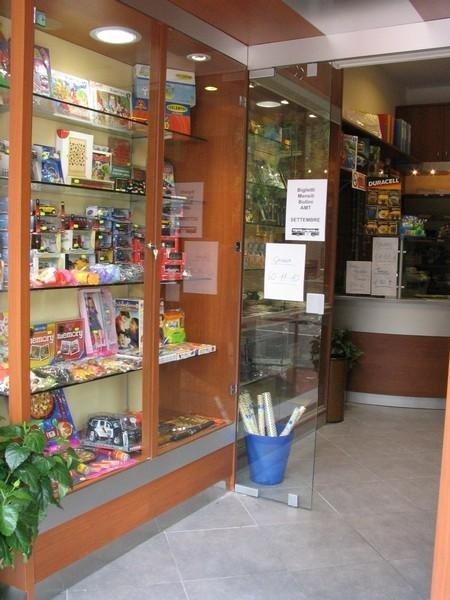 Arredo Tabaccherie Genova