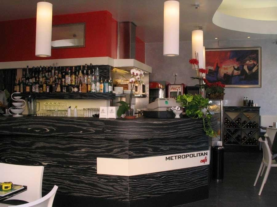 Restyling Metropolitan Café