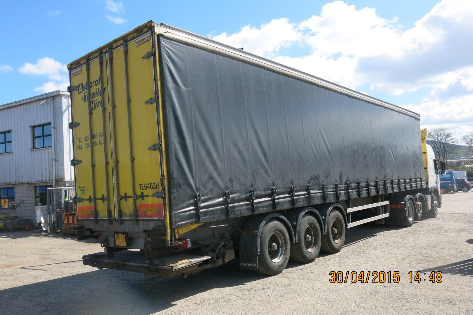 Tail Lift Curtainside Trailer