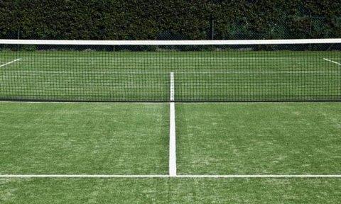 campo da tennis striscie bianche