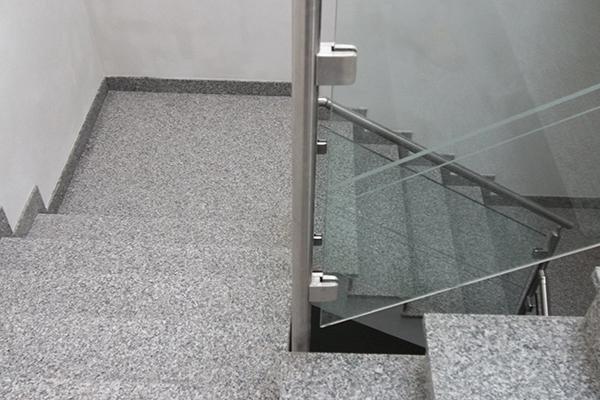 Granito Bianco Sardo+Ringhiera acciaio-vetro
