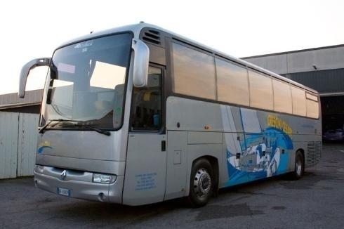 Autobus a noleggio