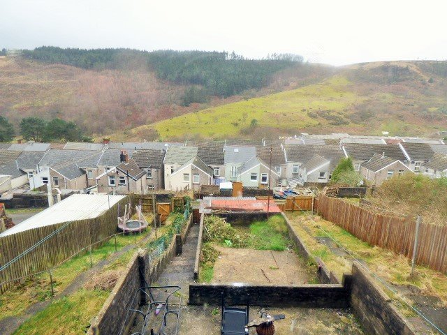 Wisemove, Pontycymmer. Property for sale.