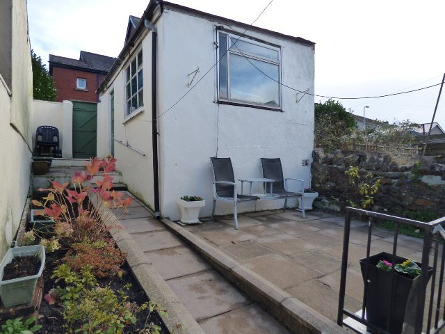 House for sale. Victoria Street. Rear of property