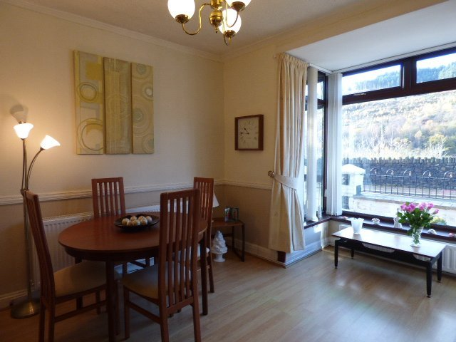 House for sale. Victoria Street. Dining Room