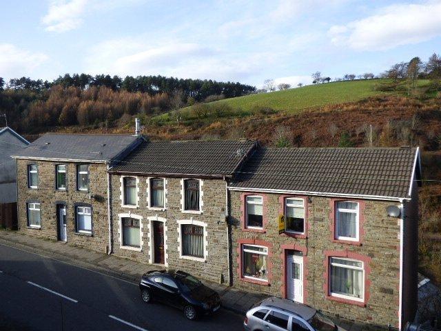 Wisemove. property for sale. Gloucester Buildings. Semi-rural location