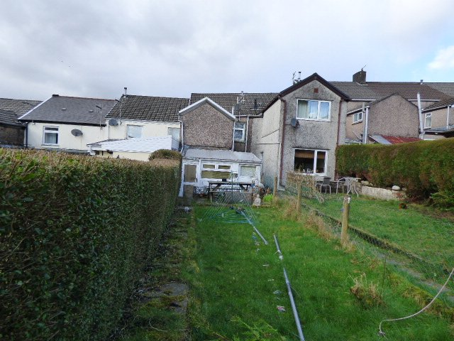 Wisemove, Pontycymmer. Property for sale